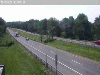 Traffic Cam I-81 south of Exit 33 (Parish)