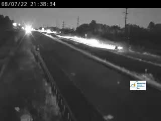 Traffic Cam I-81 south of Exit 31 (Brewerton)